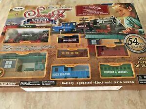 EZ Tec Santa Fe Special 54 Pc. Battery Operated Train 2016 Set, USED in Box