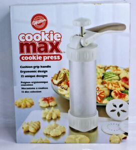 Wilton Cookie Max Cookie Press Cushion Grip 12 Discs Designs Ergonomic 2104-4003