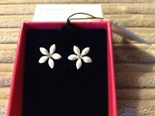 BRIDAL/BRIDESMAID SILVER TONE FLOWER EARRINGS - BOXED