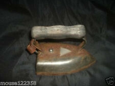 Antique American Beauty Iron   Wooden Handle
