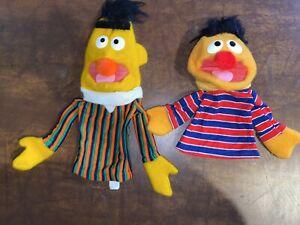Vintage Child Guidance Sesame Street BERT ERNIE Hand Puppet 1980 Rare