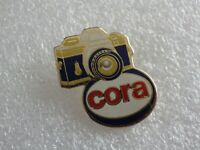 Pin's vintage collector pins collection pub magasin CORA LOT PG016
