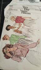 7008  Very Easy Vogue Sewing Pattern For Misses' Blouses Size 10 Bust 32.5