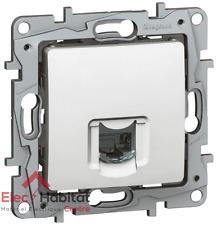 Prise RJ45 catégorie 6 FTP 9 contacts Niloe blanc Legrand 664777