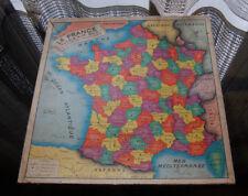 Puzzle La France découpée par départements. circa 1960