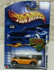 Hot Wheels 2001 MINI Cooper Yellow with White Roof New! #040