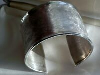 ✨SIMPLY KNOCKOUT✨ 39g sterling silver 925 fully HM etched cuff bangle bracelet