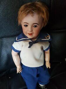 poupée bébé caractère SFBJ  236 SOURIANT