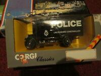 CORGI CLASSICS BLACK POLICE VAN 'LINCOLNSHIRE CONSTABULARY'..SCALE 1:43..NEW