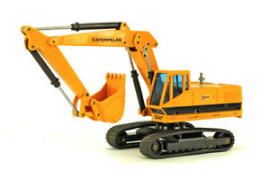 Caterpillar 225 Excavator made by Joal in the scale of 1:43