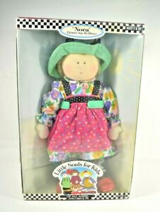 "Kenner - Little Souls For Kids ""Nora"" Eleanor Ann McAllister Cloth Doll (1998)"