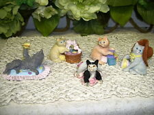CATS FIGURINES WITH HAT BUTTERLIES BLOCKS, ETC SET/ 5