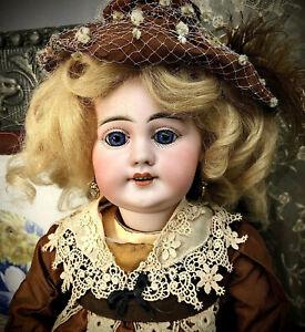 "17"" Rare Size Straight-Wrist Simon Halbig 769 Antique German French-Market Doll"