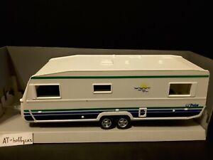 Caravan & R 7007CL Polar 1983 RV Trailer in scale 1/43