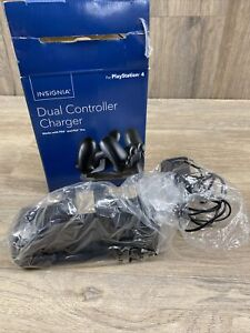 Dual Controller Charger for PS4 by Insignia