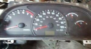 Suzuki grand vitara Chevrolet tracker 1998-2003  Instrument Cluster Speedometer