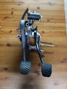 BMW E39 97-03 Manual Transmission Clutch Brake Pedal Assembly OEM