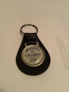 VINTAGE E. WILLIAMSON DEALERSHIP PEUGEOT CAR KEYRING 205 GTI