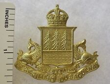 ORIGINAL WW2 Vintage CANADIAN ARMY LE REGIMENT DU SAQUERNAY CAP BADGE