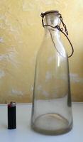 ANCIENNE BOUTEILLE de LAIT en VERRE / ANTIQUE GLASS MILK BOTTLE
