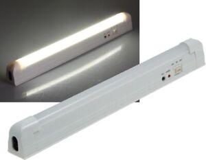 LED Notleuchte mit Lithium Akku - Stromausfall Leuchte Notbeleuchtung m. 30 LEDs