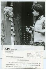 MICHAEL LEARNED SMILING DENNIS BOUTSIKARIS NURSE ORIGINAL 1981 CBS TV PHOTO