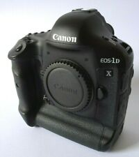 Canon EOS 1D X 18.1MP Digital SLR Camera + 2 Bats, Box, Charger, Strap