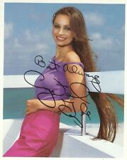 CRYSTAL GAYLE SIGNED 10x8 PHOTOGRAPH - UACC & AFTAL RD AUTOGRAPH