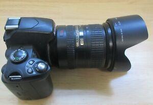 Nikon D40, 18-200 Nikkor AF-S DX VR Lens, 1 Battery, 1 Charger