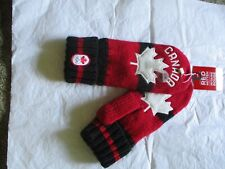 Vancouver 2010 red mitten size S/M Hudson Bay