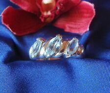 Schöner Ring aus 925 Silber hellblauen Steinchen Fingerring Silber / Art. gg 032