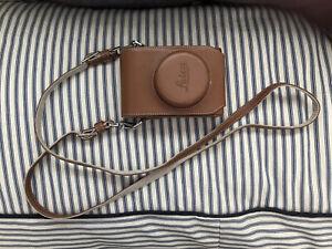 Genuine Leica D-lux 6 leather camera case & strap. Tan. Brown