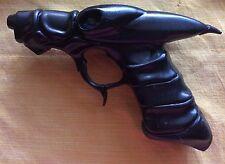Aeon Flux Authentic Bone Gun Prop reproduction replica MINT sci fi super hero