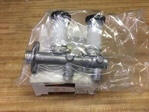 Brake Master Cylinder ITM 25-00503 (Dorman M39228) fits Nissan 620 Pick Up 72-77
