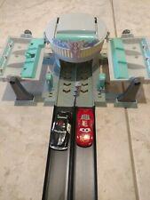 Disney Pixar Cars Flo's V8 Cafe Drag strip Track Playset race McQueen & Sheriff
