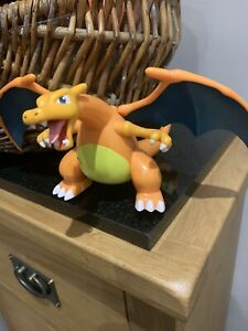Pokemon Figure / Large Charizard Moving Electronic Figure / Tomy