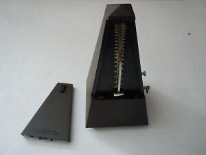 Metronom 10 Stück braun   030801