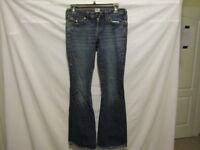 TRUE RELIGION Joey Jeans Flap Pocket Flare Leg Women's Size 28