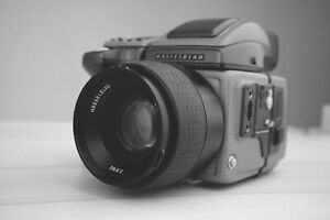Hasselblad H1 only 17800 Pics with HC 80mm Filmback International shipping