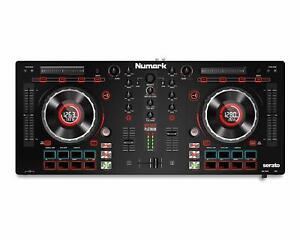 MIDI Controller Numark Mixtrack Platinum All-In-One 4-Deck Studio unvollständig