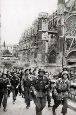 """WW2 - Prisonniers canadiens du régiment """"La Chaudière"""" - Caen début juin 1944"""