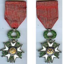 Médaille - Légion d'honneur centre bombés drapeaux en appliques