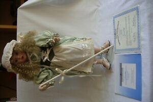 Ashton Drake Doll Gwendolyn 2463ZB.