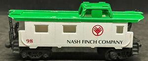 HO IHC NASH FINCH COMPANY #98 CABOOSE. NASH FINCH CO. vintage, white