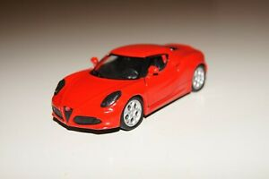 Welly 43676 Red  Alfa Romeo 4C Coupe Diecast Model Type 960 1/34 Scale