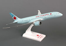 Skymarks Air Canada B787-8 1/200 Scale Model Aircraft SKR294