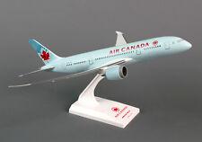 Skymarks Air Canada B787-8 1/200 Scale Model Aircraft SKR294