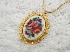 Goldtone Purple Red Flower Rose Cloth Needlepoint Pendant Necklace (A3)