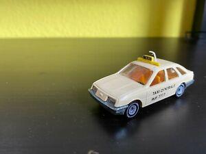 Siku 1056 - Ford Sierra 2,3 Ghia - Taxi