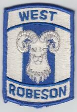 1 US Patch West Robeson Basket Team color inutilizzato